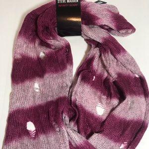 Steve Madden Distressed infinity scarf BNWT